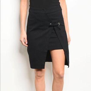 High Waisted High-Low Hem Black Skirt Size S